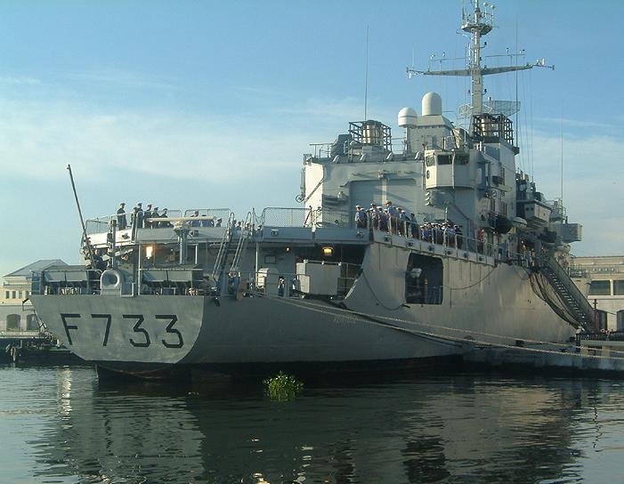 Marina Militare: ufficiali in manette per tangenti sugli appalti