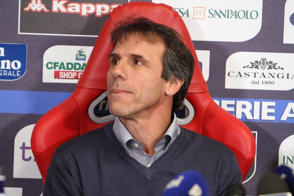Zola, esordio flop: Palermo a valanga sul Cagliari