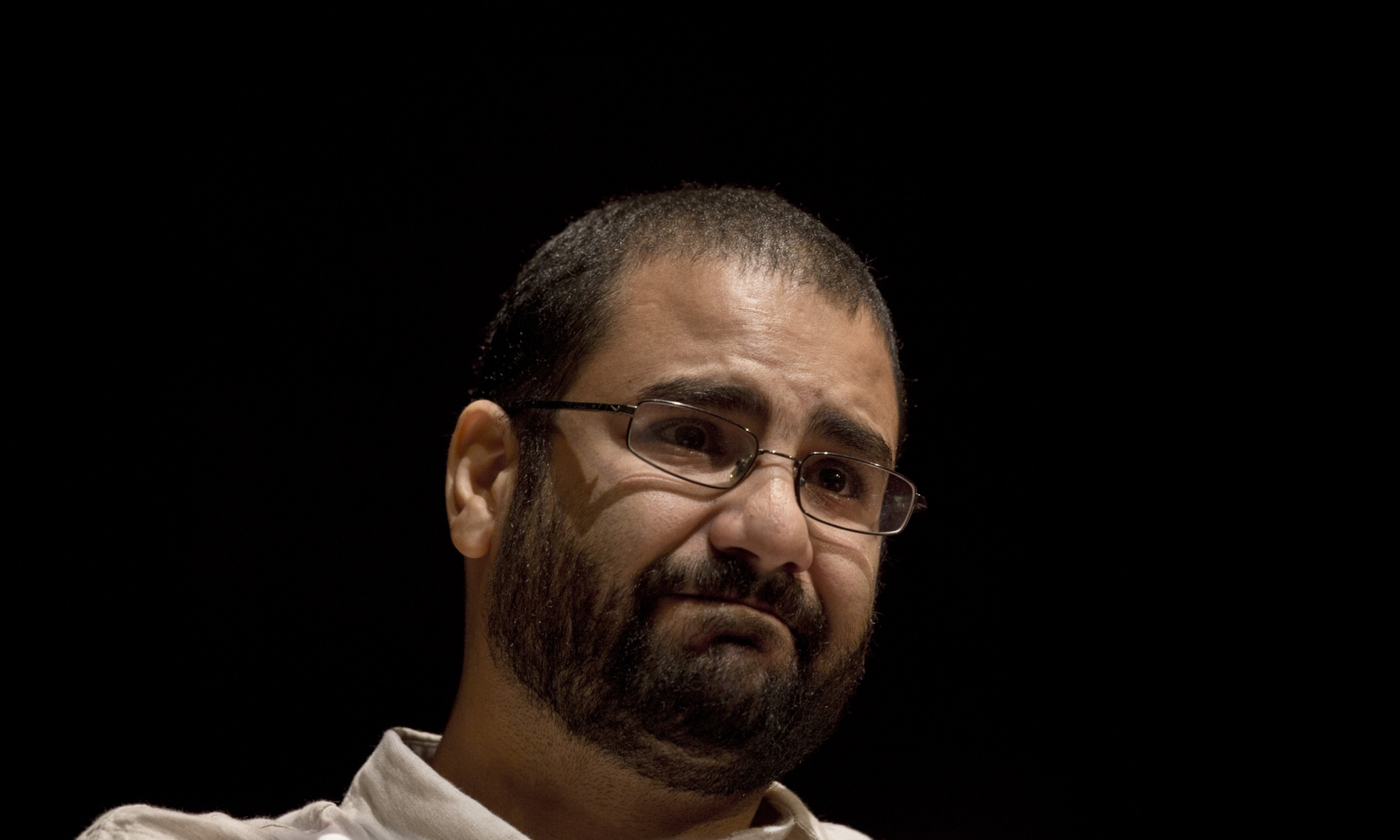 Egitto: Alaâ Abdel Fattah, figura chiave della destituzione di Morsi, condannato a 5 anni di detenzione