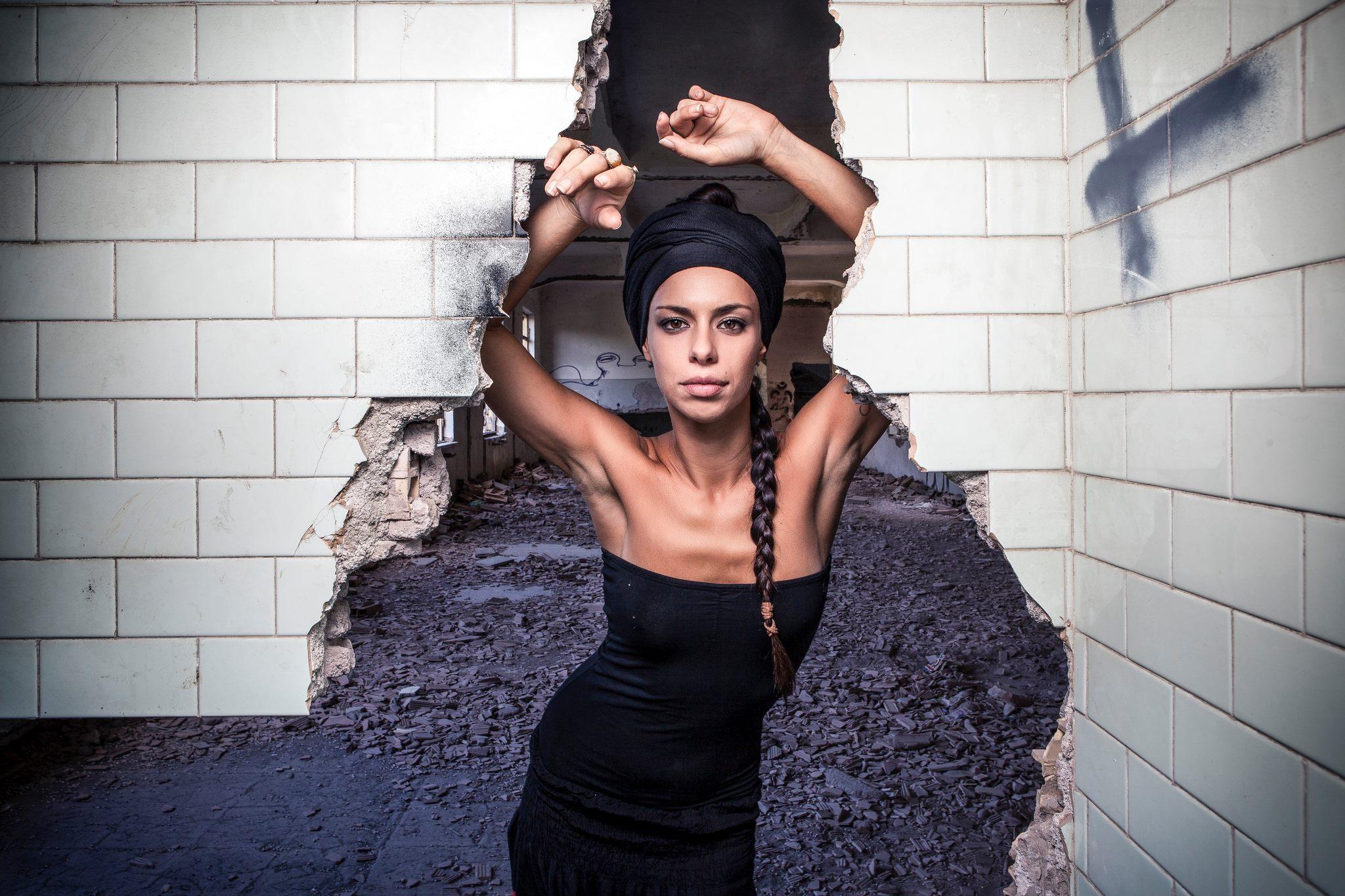 Amara, un'artista da tenere d'occhio dopo il Festival