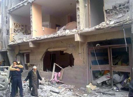 L'Egitto reagisce alla decapitazione dei ventuno copti egiziani. Otto raid in Libia per colpire l'ISIS