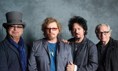 """""""Holy war"""", il nuovo brano dei Toto disponibile sulla pagina Youtube ufficiale del gruppo"""