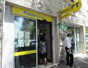 un-ufficio-postale_01