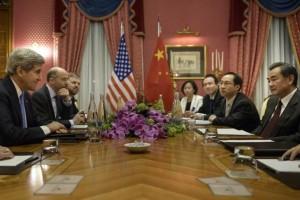 John Kerry ha incontrato la delegazione cinese al Beau-Rivage Palace.  (29 marzo 2015) Foto: Keystone