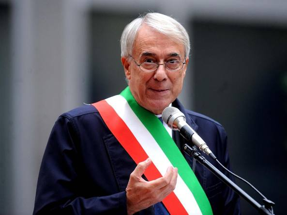 """Milano, Pisapia non si ricandida: """"Scelta di coerenza"""""""