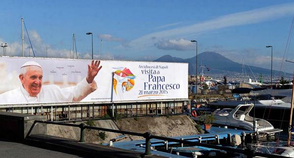 Napoli, sta per arrivare il Papa…