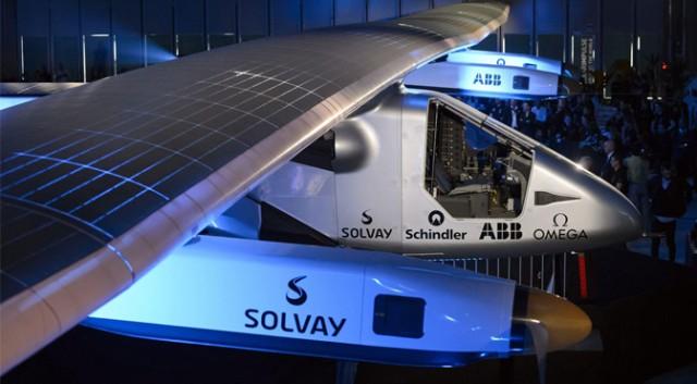 Solar Impulse 2: giro del mondo con la forza delle stelle