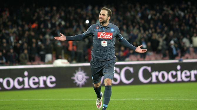 Napoli-Inter gol e spettacolo ma il pari non serve a nessuno