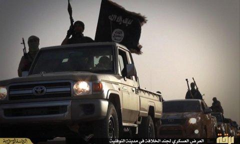 Siria: l'esercito si riposiziona dopo la conquista d'Idleb da parte di Al Qaeda