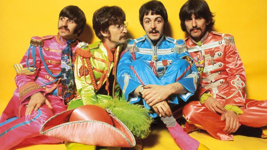 """""""I Beatles sono più famosi di Gesù Cristo"""", quando la frase fece scandalo"""