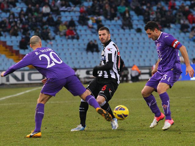 La Fiorentina pareggia a Udine con la doppietta di Mario Gomez