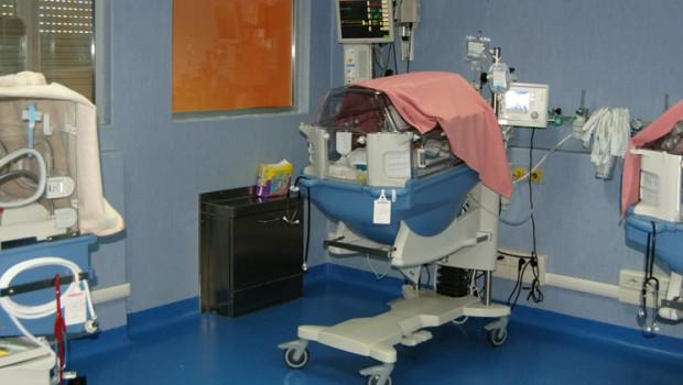 Neonato muore in ospedale, il legale dei genitori avanza l'ipotesi di malasanità