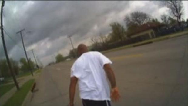 Stati Uniti: un poliziotto confonde il taser con la pistola e uccide un afroamericano