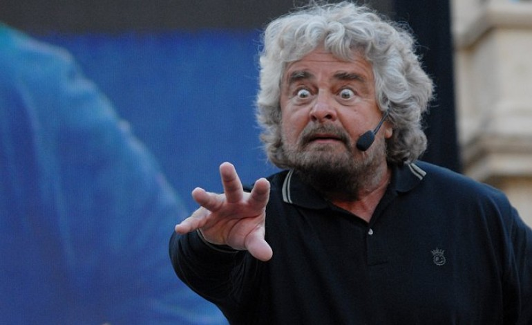 Grillo: «Goodbye Mister Renzi»