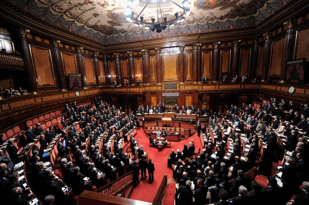 Ddl anticorruzione, passa al Senato nuova disciplina falso in bilancio. Maggioranza sul filo di lana, per il M5S consultazione online