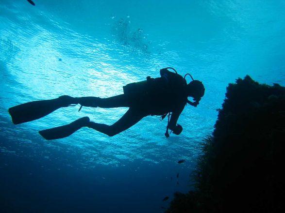 Tragedia in mare, deceduti due sub durante un'immersione