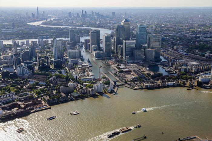 Isis: Londra lancia l'allarme