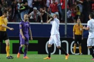 Vidal.Siviglia.Fiorentina.secondo.gol.esulta.Europa.League.2014.15.356x237