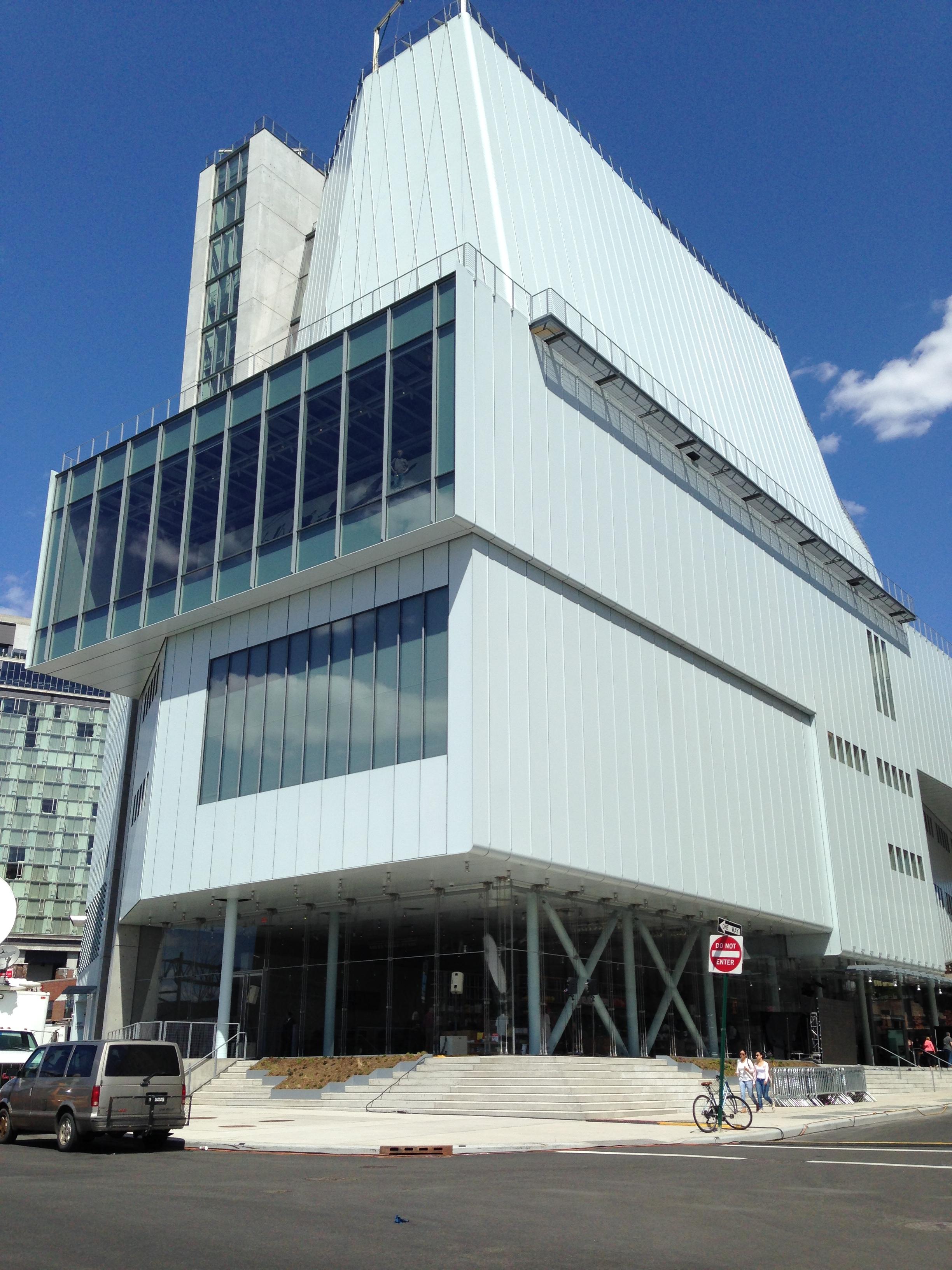 New York, apre il Whitney Museum di Renzo Piano che 'dialoga' con la città