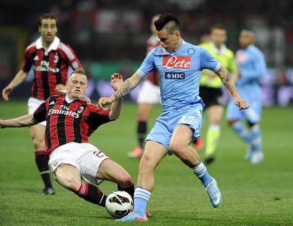 Il Napoli stona il Milan e riprende l'inseguimento Champions