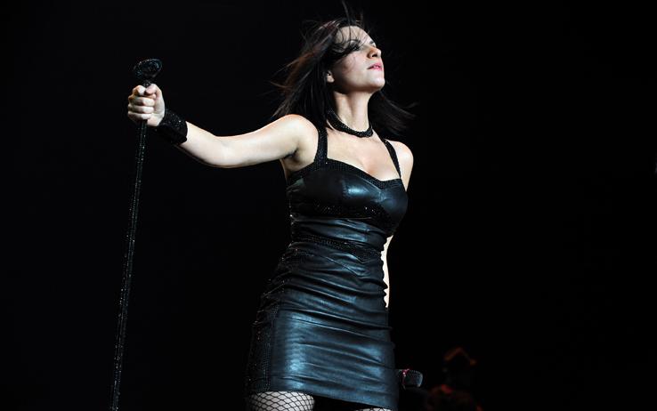 Laura Pausini sta tornando: l'annuncio del nuovo album e del tour negli stadi