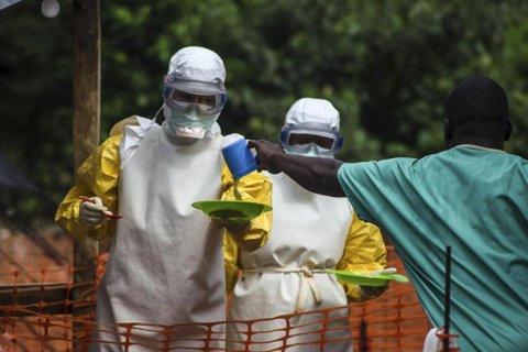 Ebola: l'OMS sotto accusa per i suoi ritardi
