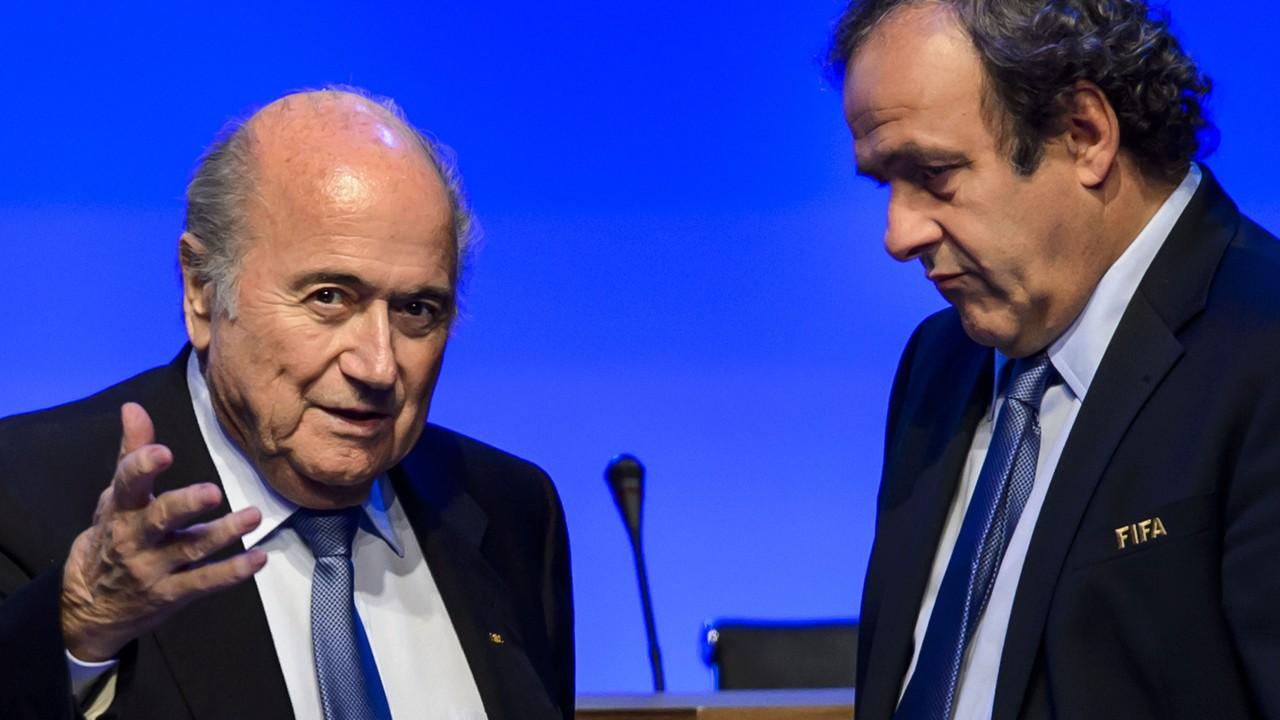 "Scandalo Fifa, Platini: ""Blatter si dimetta"""