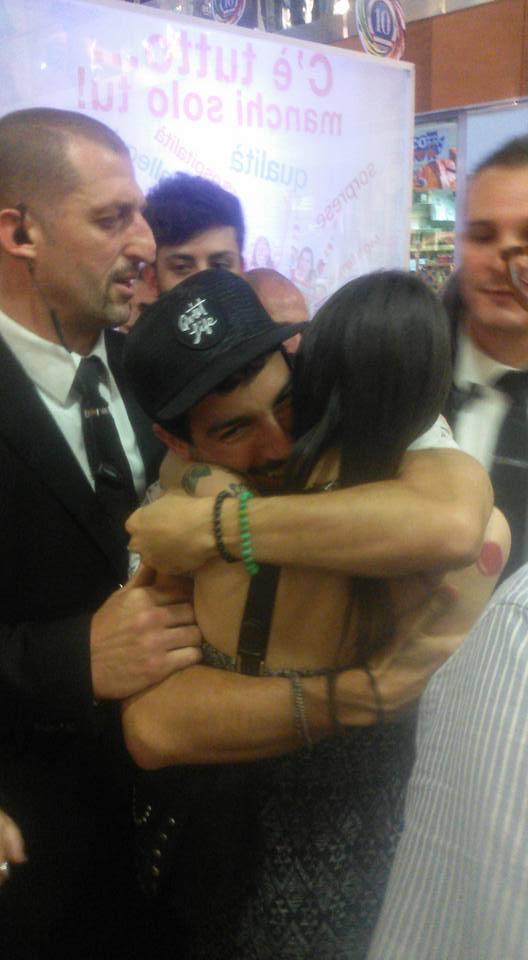 Jonas incontra Giulia De Pascali. E' amore?