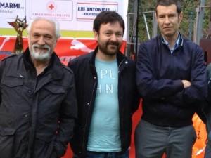 Da sinistra: Alfio Giomi (presidente nazionale Fidal); Vittorio Benedetti ( delegato provinciale Coni); Alessandro Volpi (sindaco di Massa)
