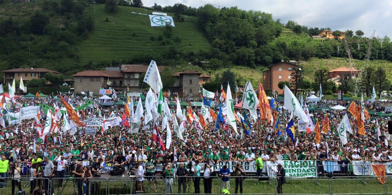 Raduno leghista a Pontida, Salvini: «Ho portato il partito dal 4 al 14 per cento»