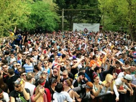 """Arrestati presunti assassini di Franzese, durante """"rave party"""" nel Casertano"""