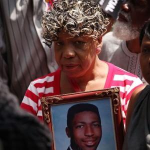 La madre di Eric Ganer Foto: AFP