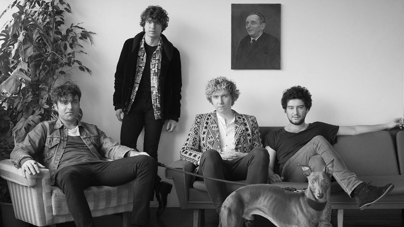 The Kooks: la recensione del concerto al Villa Arconati Music Festival