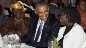 Obama con alcuni membri della sua famiglia di origni keniote Foto: abcnewsgo