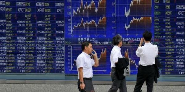 Borse asiatiche: nuove vendite, ma titoli in rialzo