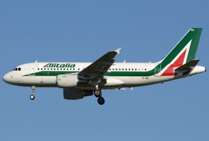 Airbus_A319-111,_Alitalia_JP7554853