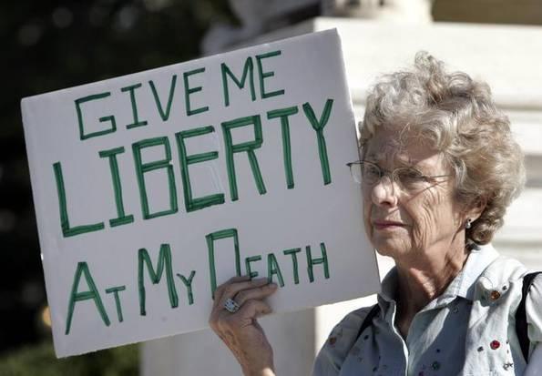 USA: la California legalizza l'eutanasia per i malati terminali
