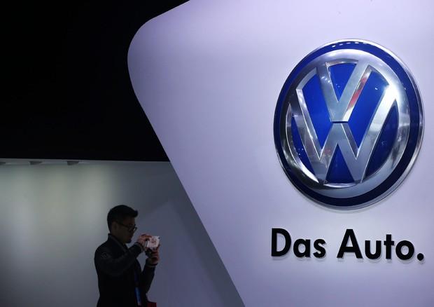 Volkswagen, si allarga la questione delle emissioni truccate