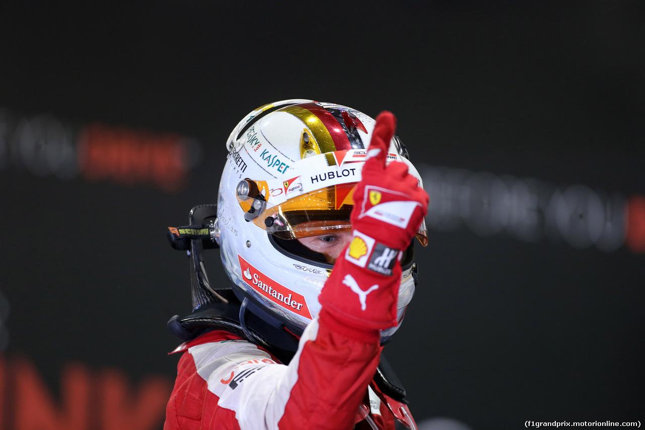 GP di Singapore: Vettel trionfa, terzo Raikkonen