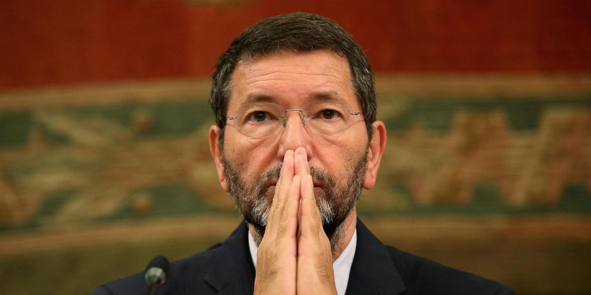 Marino lascia e attacca il Pd: rinnega la democrazia