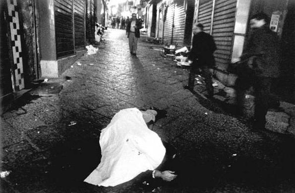 Notte di sangue a Napoli, perde la vita 24enne