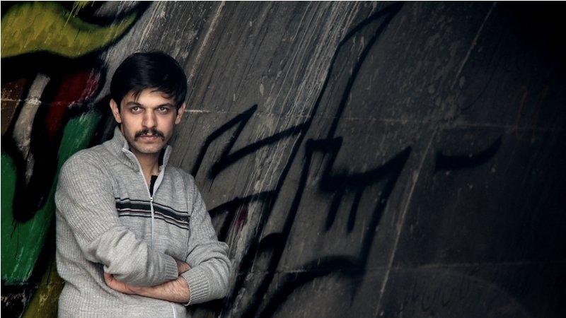 """Iran: la condanna """"Kafkiana"""" di un giovane regista condannato a 6 anni di galera e 223 frustate"""