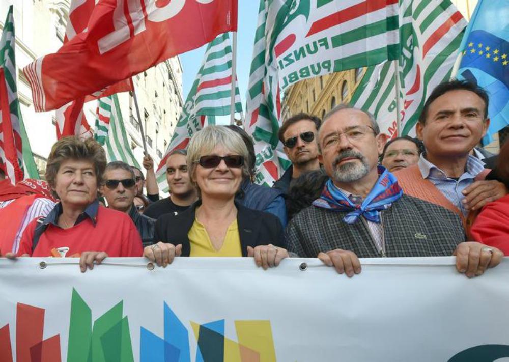 """P.A. e leggedi stabilità, i sindacati non ci stanno. Renzi: """"Strano!"""""""