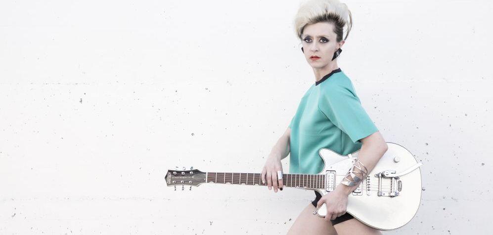 """Intervista a Cassandra Raffaele: """"Sono una Cantora e mi autoproduco, basta pregiudizi sulle donne nella musica italiana"""""""
