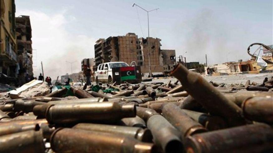 Stati Uniti e Europa preparano nuovi colpi contro la Libia
