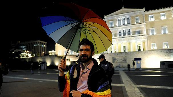 La Grecia riconoscerà le unioni civili per le coppie gay