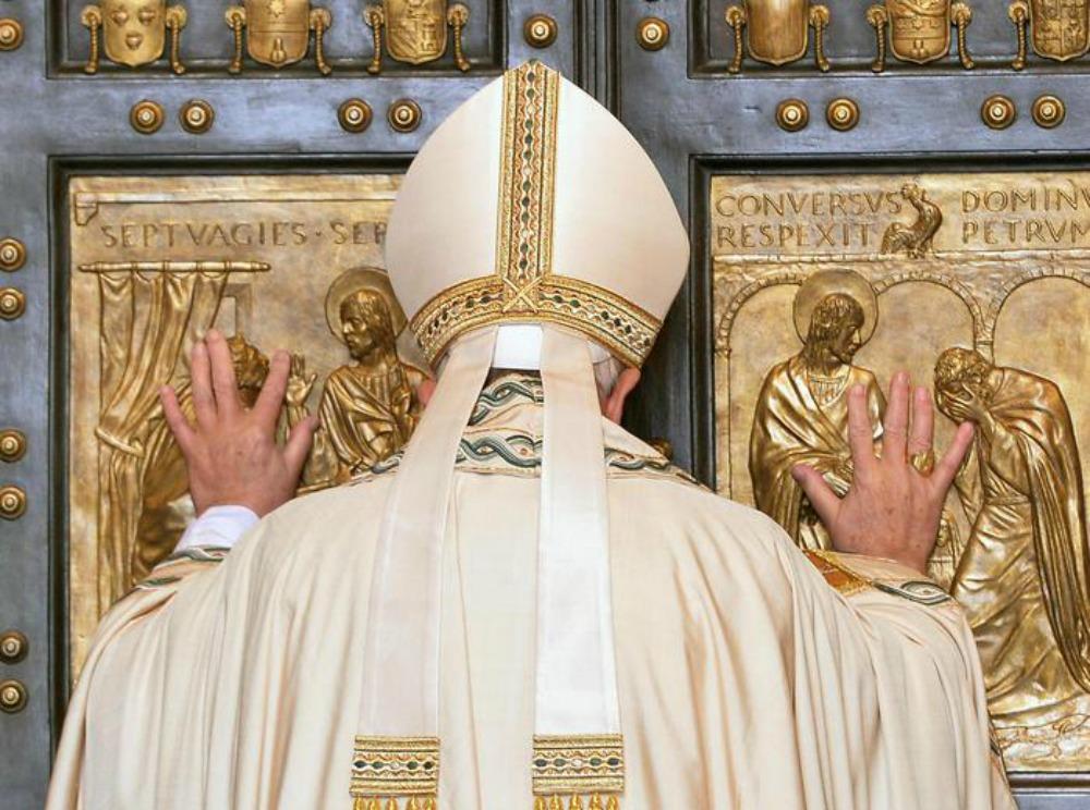 """""""Basta Paura"""", Papa Francesco apre così il suo Anno Santo"""