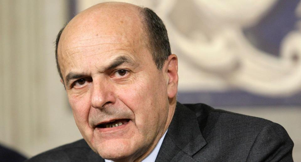 Pd, Bersani e Cuperlo attaccano Renzi