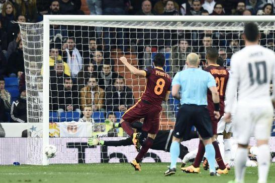 La Roma spreca troppo e si arrende al Real Madrid: 2-0 al Bernabèu