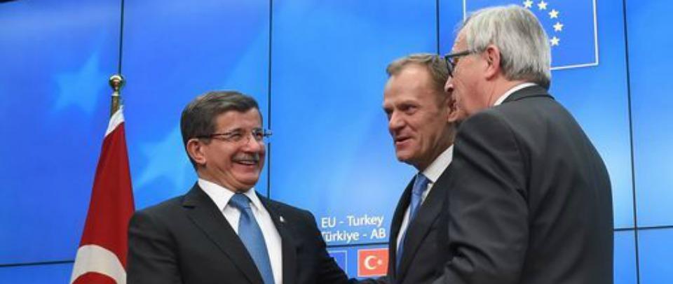 Migranti: c'è l'accordo tra Ue e Turchia